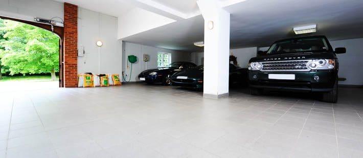 Carshowroom02