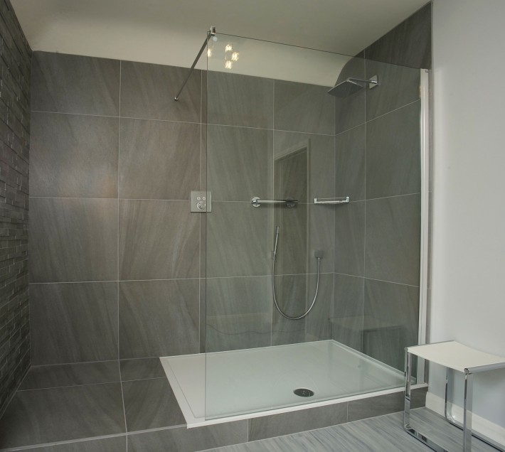 Customer Testimonial - Mr & Mrs Amos - Bathroom (2)